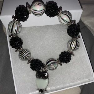 Black, white and grey bracelet